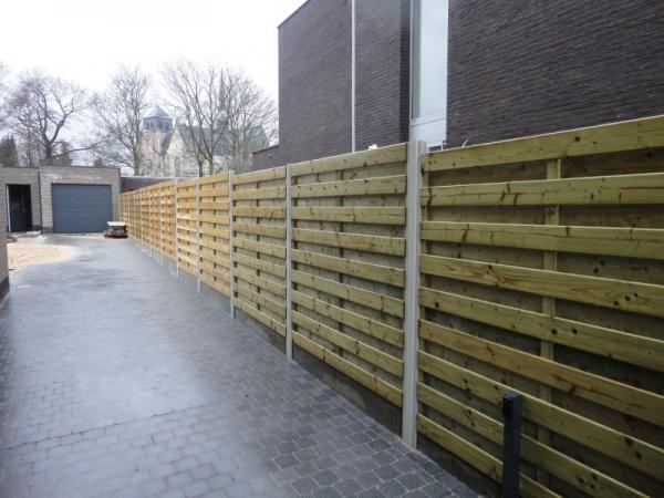 Tuin Houten Palen : Voorbeelden en afbeeldingen van tuinschermen in hout